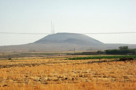 Kawkab Mountain in Hasakah Governorate, Syria, 2009. Source: Haitham Alfalah.
