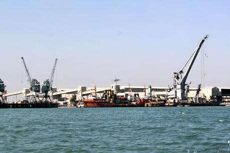 Khor al Zubair port, Basrah, Iraq, 2012. Source: Earth & Marine Environmental Consultants.